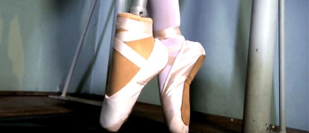 Ballerina receives pointe foot prosthesis allowing her to dance again for first time in 13 years